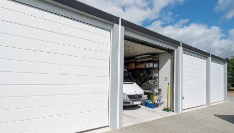 Großraumkomfortgaragen-Reihenanlage für Handwerker-Fahrzeuge