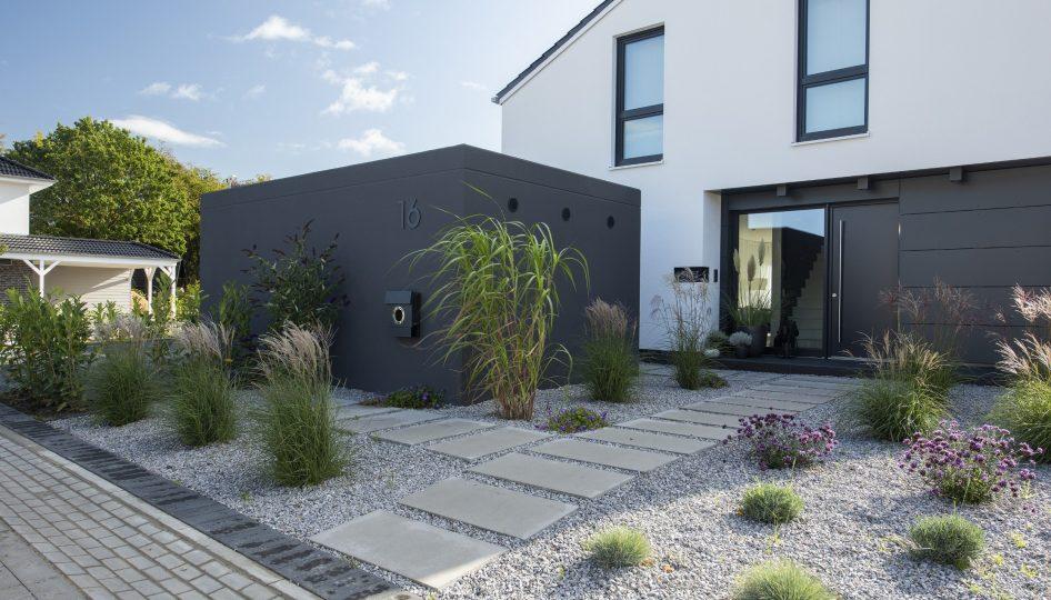 Großraumkomfortgarage in moderner Wohnbebauung, Rückansicht